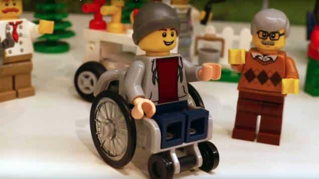 jouet fauteuil roulant motorisé