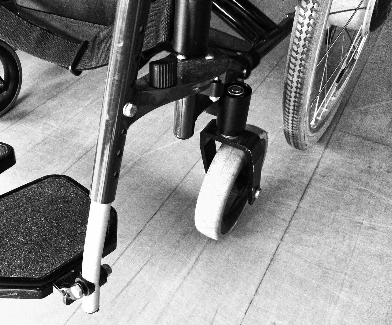 fauteuil roulant-travailleur-handicap