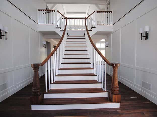escalier pas cher il peut toujours tre de qualit. Black Bedroom Furniture Sets. Home Design Ideas