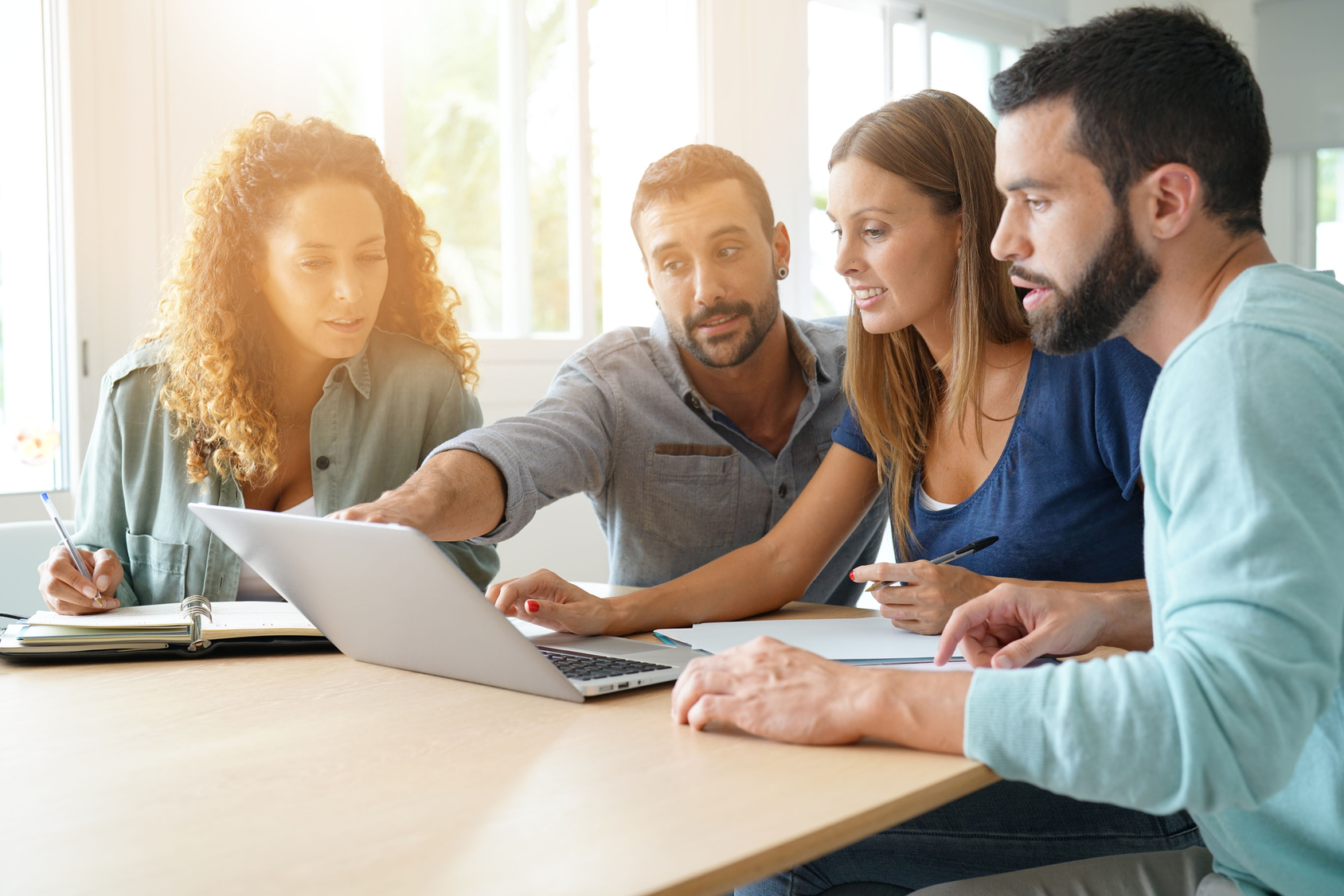 Discussion sur le statut d'une entreprise