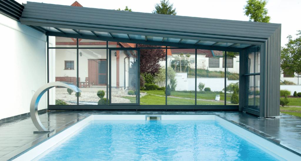 Profitez de votre piscine toute l'année grâce à l'abri de piscine!